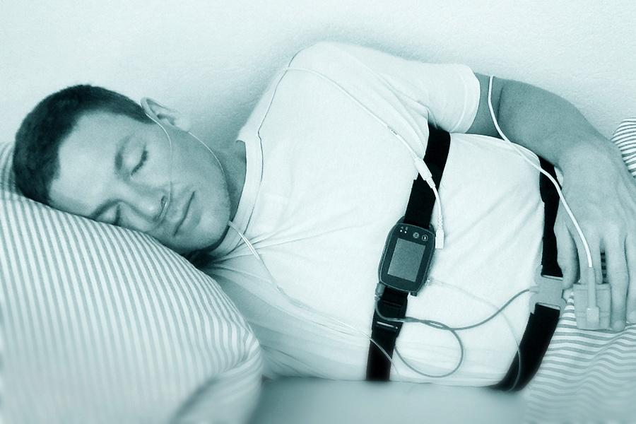 Polygraphie Schlaf-Apnoe-Diagnostik Langzeit-Untersuchung
