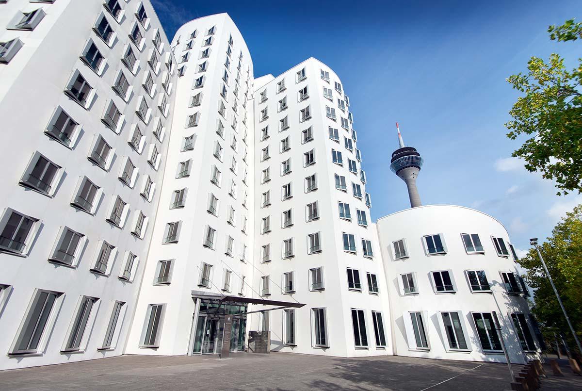 Kardiologie Präventivmedizin Arztpraxis Privat Medienhafen Düsseldorf Gehry Zollhof