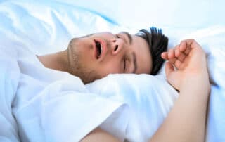 Schlaf-Apnoe Herz Gesundheit Schlafstörungen Müdigkeit unruhiger Schlaf